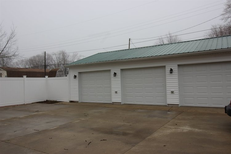 212 S Broad Street S Mooreland, IN 47360 | MLS 202010317 | photo 24