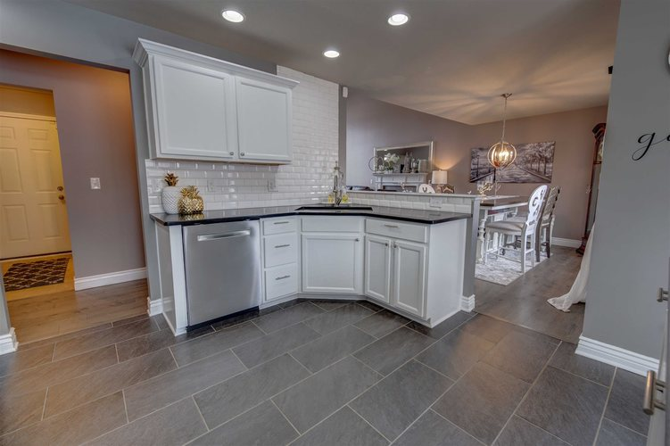 53181 Grassy Knoll Drive South Bend IN 46628-9145 | MLS 202010397 | photo 13