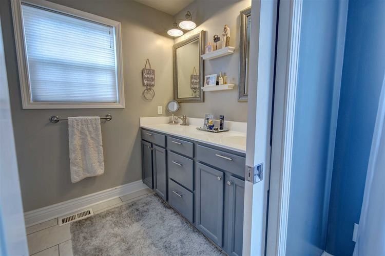 53181 Grassy Knoll Drive South Bend IN 46628-9145 | MLS 202010397 | photo 19