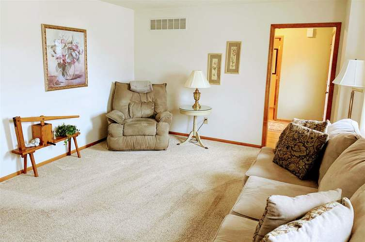 434 Nathan Place Roanoke, IN 46783 | MLS 202010411 | photo 10