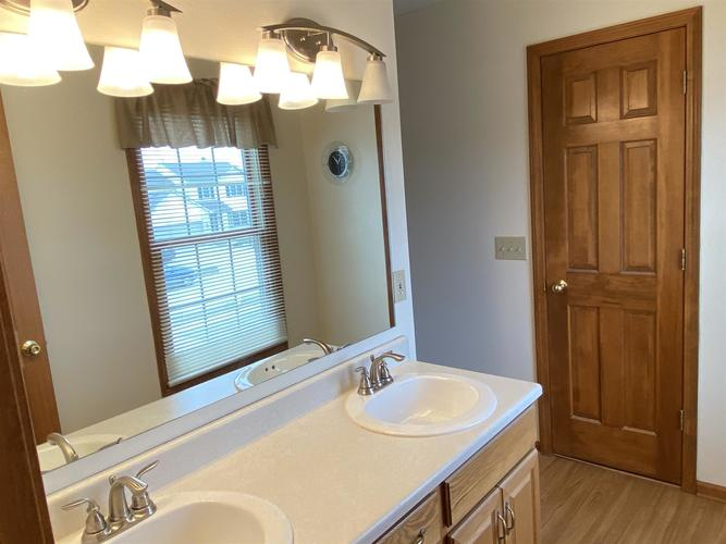 434 Nathan Place Roanoke, IN 46783 | MLS 202010411 | photo 25