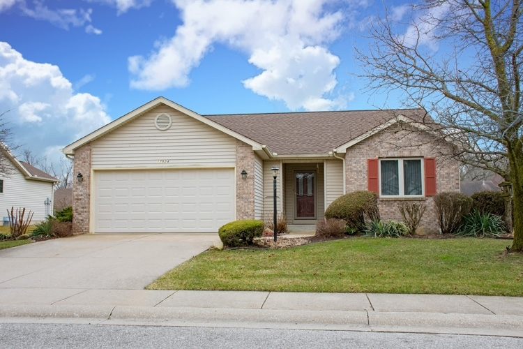 17924 Bay Winds Drive South Bend, IN 46635 | MLS 202010428 | photo 1