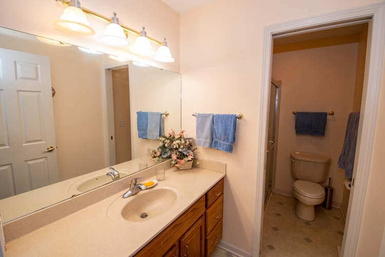 17924 Bay Winds Drive South Bend, IN 46635 | MLS 202010428 | photo 14