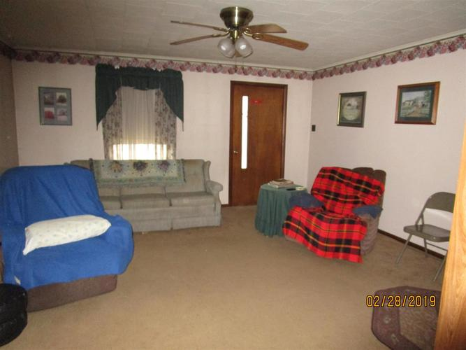 4981 E State Rd 48 Road Shelburn IN 47879 | MLS 202010493 | photo 4