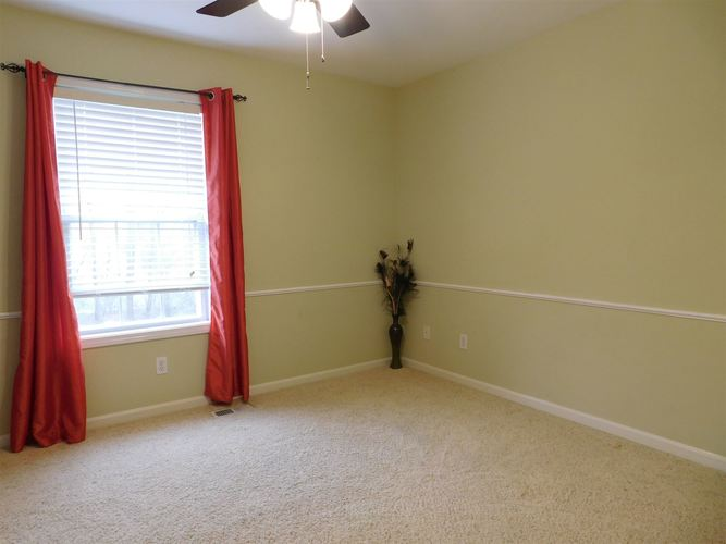 4612 Lincoln Pointe Drive Newburgh, IN 47630 | MLS 202010618 | photo 16