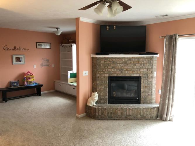 1401 Mitchell Drive Rochester, IN 46975 | MLS 202010788 | photo 2