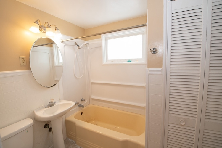 735 Manchester Drive South Bend, IN 46615-3231 | MLS 202010871 | photo 14