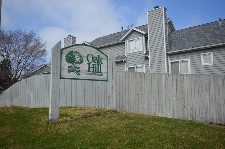 1538 Oak Hill Drive #M-2 South Bend, IN 46637 | MLS 202011088 | photo 1