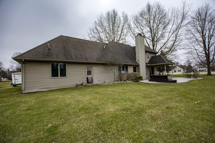 57119 Bluff Crest Drive Elkhart, IN 46516 | MLS 202011097 | photo 28