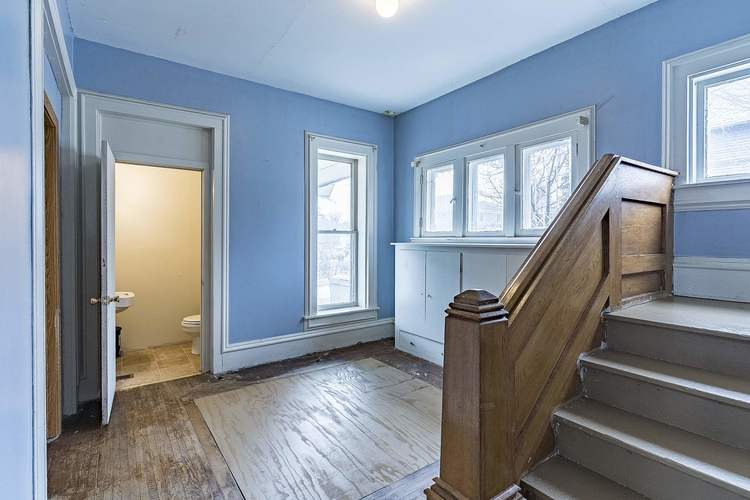 212 S Superior Street Angola IN 46703 | MLS 202011213 | photo 11