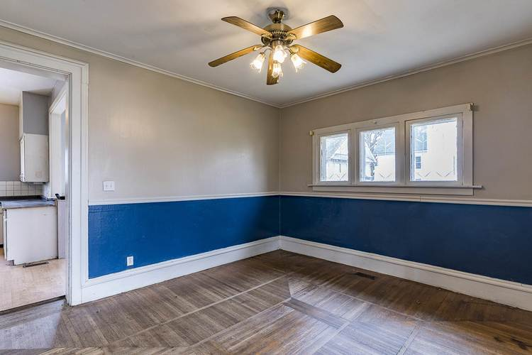 212 S Superior Street Angola IN 46703 | MLS 202011213 | photo 6