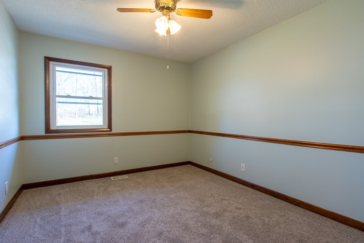1441 S First Street Street Boonville IN 47601 | MLS 202011267 | photo 17