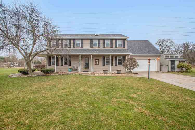 13425 Kingsfield Court Granger IN 46530 | MLS 202011590 | photo 1