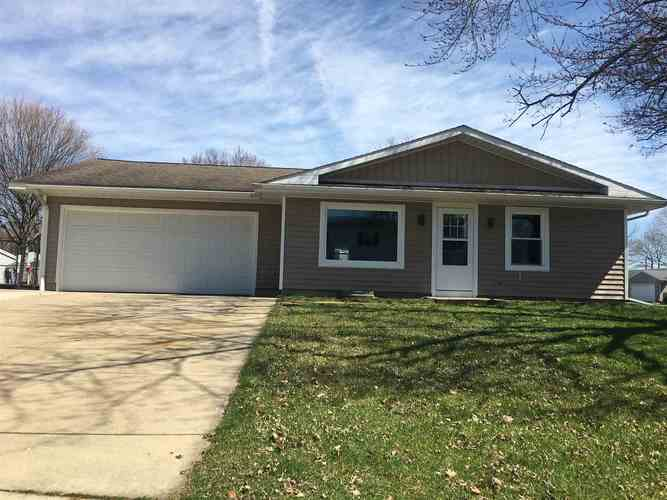 5032 Blackford Drive South Bend IN 46614-3509 | MLS 202011910 | photo 1