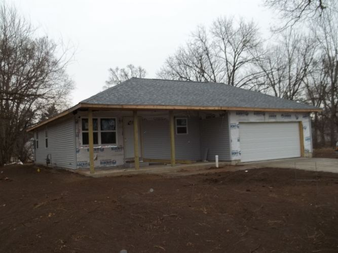714 Fieldhouse Avenue Elkhart IN 46517 | MLS 202012020 | photo 1