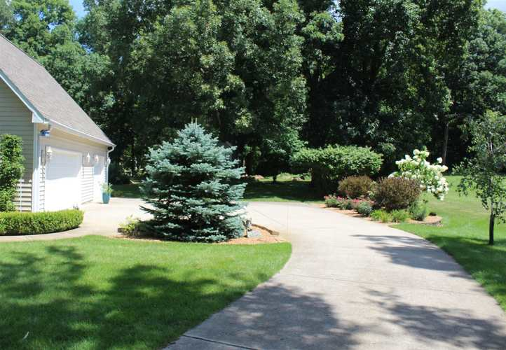11683 N BRIARWOOD DR Monticello IN 47960 | MLS 202012067 | photo 10