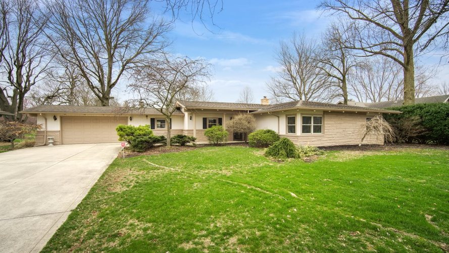 908 Maplewood Drive Kokomo IN 46902 | MLS 202012141 | photo 1