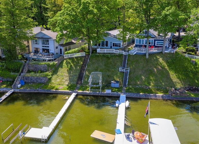 155  Lane 150 Crooked Lk  Angola, IN 46703 | MLS 202012421