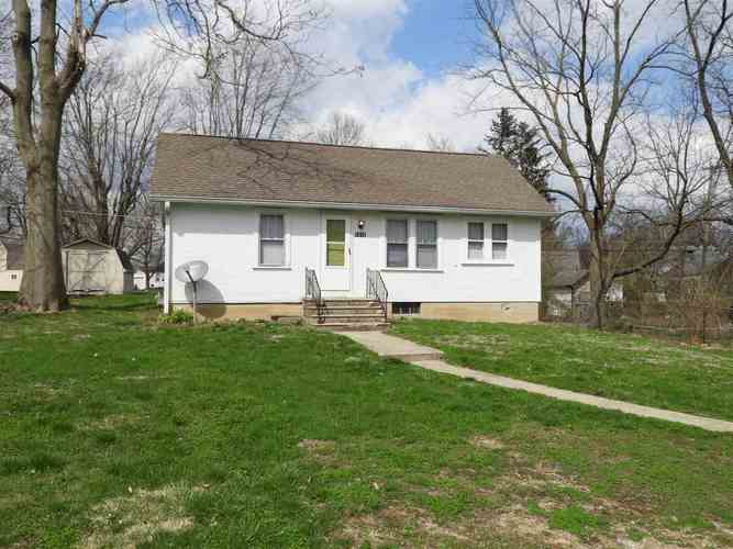 1610 E Princeton Avenue Muncie IN 47303 | MLS 202012437 | photo 1