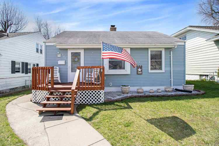 733 S 31st Street South Bend IN 46615 | MLS 202012591 | photo 1