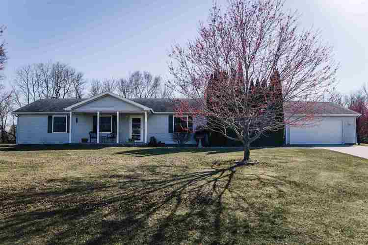 1777 N Vicky Drive Warsaw IN 46582 | MLS 202012644 | photo 1