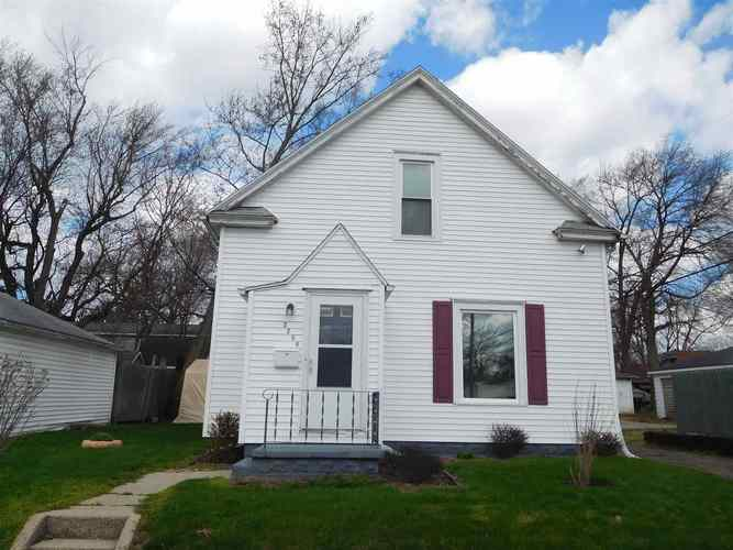 2209 E Hastings Street South Bend IN 46615-2127 | MLS 202012649 | photo 1