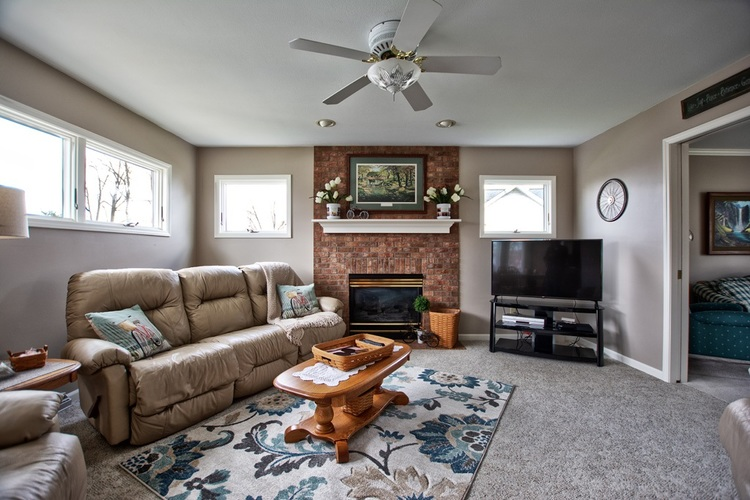 206 Highland Park Drive Middlebury IN 46540 | MLS 202012680 | photo 6
