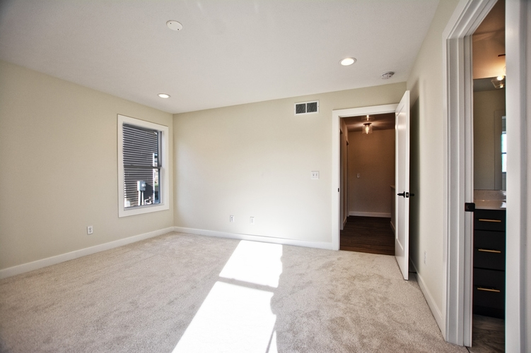 2435 Timberstone Drive Elkhart IN 46514 | MLS 202012687 | photo 12