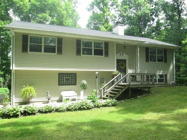 16960 13th Road Plymouth IN 46563 | MLS 202012986 | photo 1