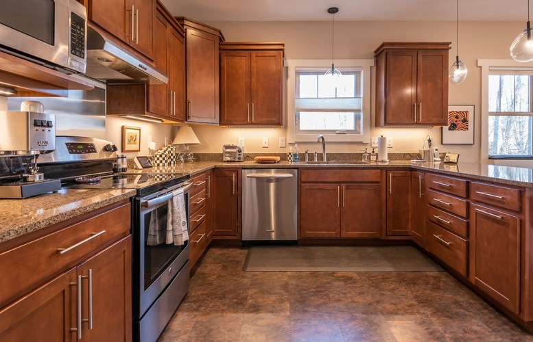 959 S Mary Beth Drive Bloomington IN 47401-7721 | MLS 202013021 | photo 11