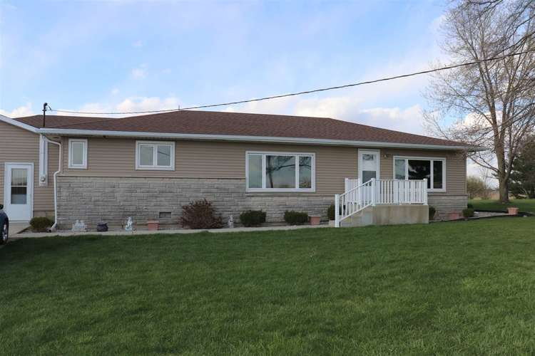 6692 E ST RD 218 LaFontaine IN 46940 | MLS 202013245 | photo 1