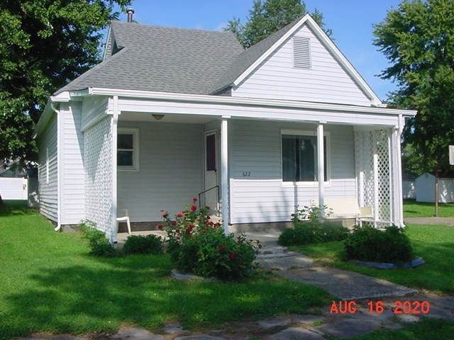 622 S Indiana Street Bicknell, IN 47512 | MLS 202013360