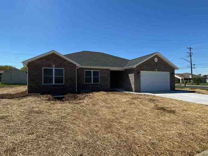 101 E Northview Drive Huntingburg, IN 47542 | MLS 202014585