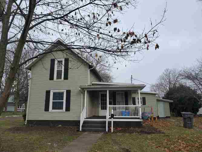 158 W Van Buren Street Nappanee IN 46550-1628 | MLS 202014630 | photo 1