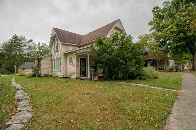 424 S MILL Street Fairmount, IN 46928 | MLS 202014865