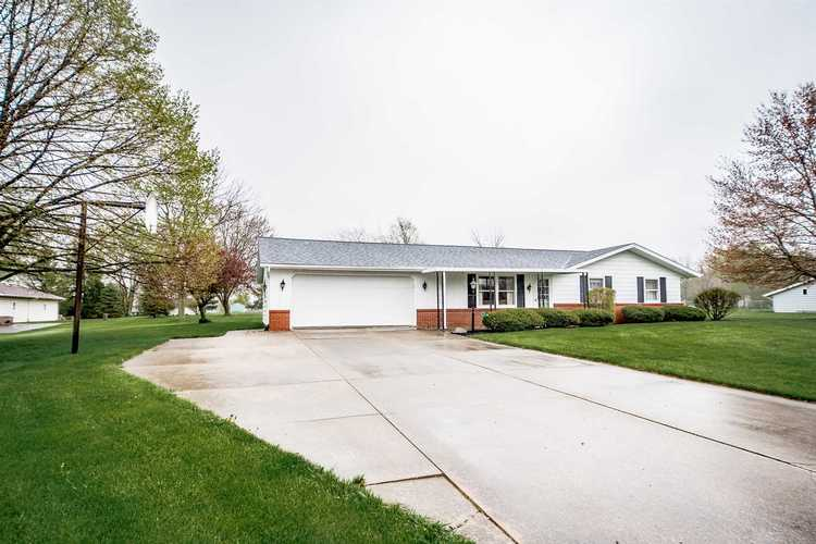 6235 S Derby Drive Columbia City, IN 46725   MLS 202014992
