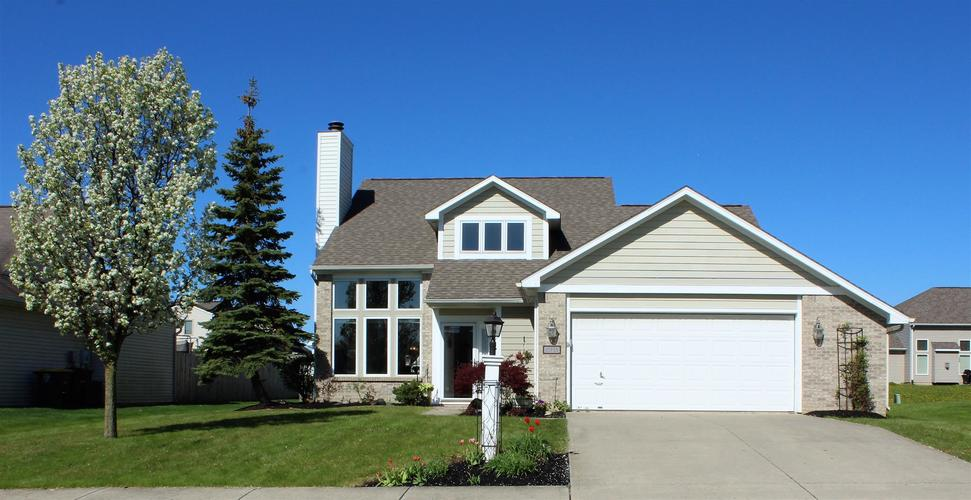 10733 Middleford Place Fort Wayne IN 46818-8878 | MLS 202015128 | photo 1