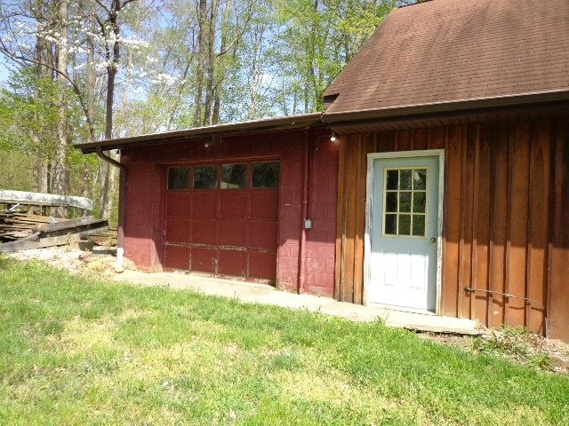 3699 E Galimore Road Bloomfield IN 47424   MLS 202015141   photo 2