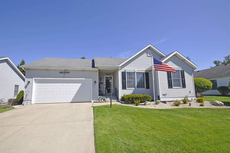 845 Eagle Cove Drive South Bend IN 46614-5575 | MLS 202015205 | photo 1
