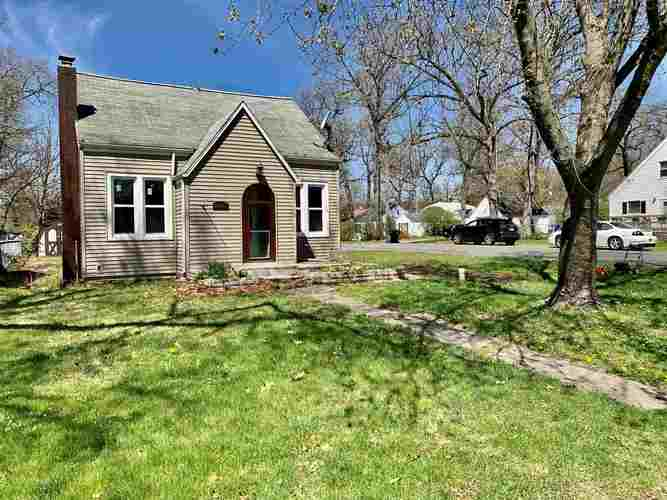 55261 Moss Road South Bend IN 46628-5270 | MLS 202015207 | photo 1