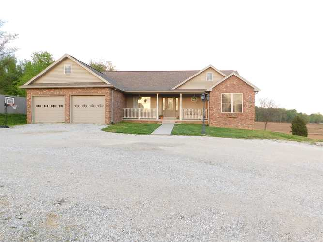 5244 S Patoka Road Huntingburg IN 47542 | MLS 202015284 | photo 1