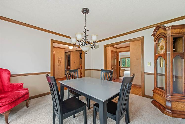 4634 Wyndemere Lane Fort Wayne IN 46835 | MLS 202015519 | photo 19