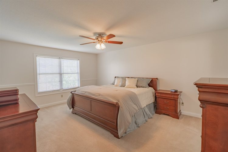 1503 W CRANE POND Drive Marion IN 46952 | MLS 202015610 | photo 16