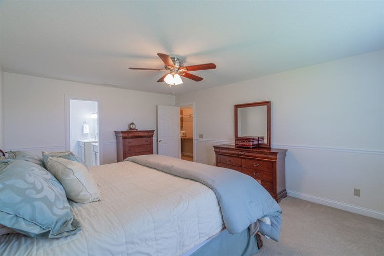 1503 W CRANE POND Drive Marion IN 46952 | MLS 202015610 | photo 18