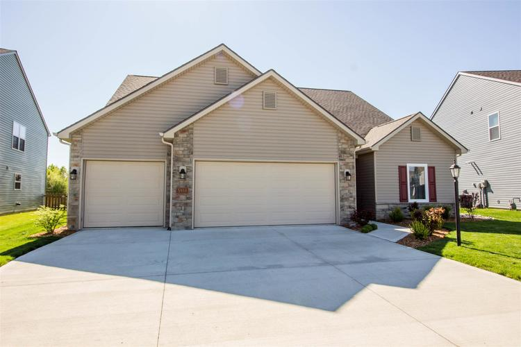 5988 Summer Wind Place Fort Wayne IN 46835 | MLS 202015924 | photo 2