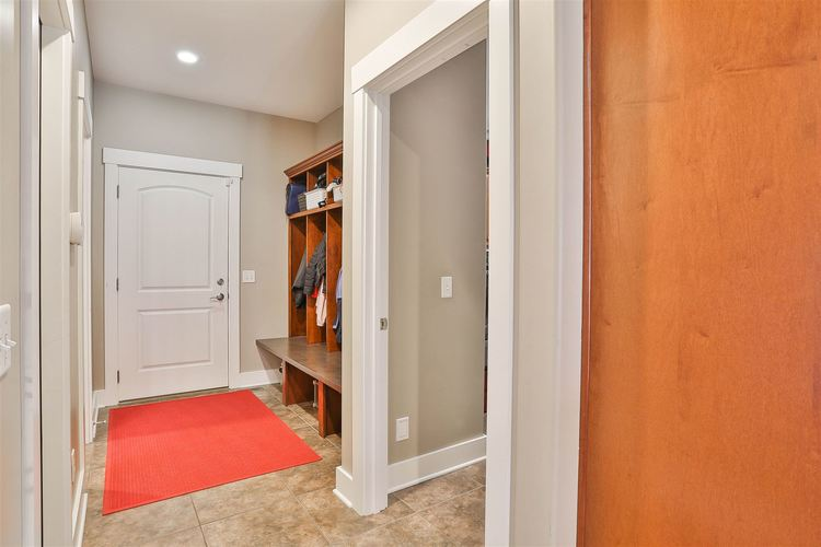 285 E Barrington Place Warsaw IN 46582 | MLS 202016082 | photo 14