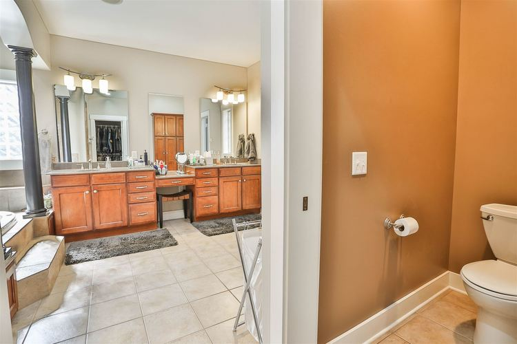 285 E Barrington Place Warsaw IN 46582 | MLS 202016082 | photo 17
