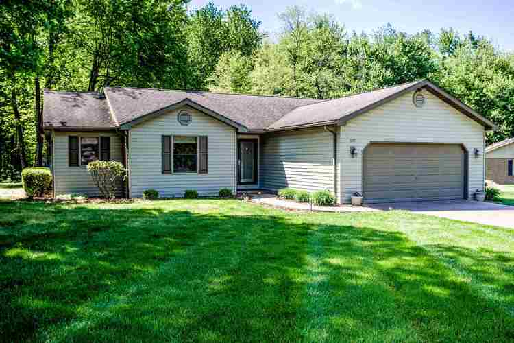 1085 W Chestnut by the Fire Drive Santa Claus, IN 47579   MLS 202016405