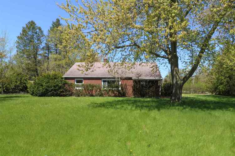 24173 State Road 2 South Bend IN 46619 | MLS 202016468 | photo 1