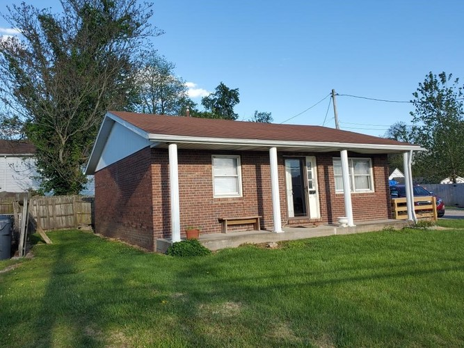 608 South Third Street Boonville IN 47601 | MLS 202016475 | photo 1